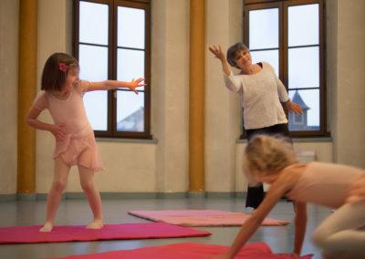 Cours de danse Temps Danse Vie avec Michele Mercier (3 et 4 ans)